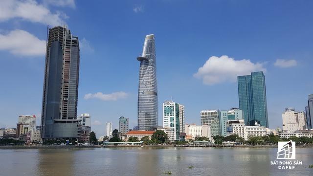 Dự án có thể được nhìn thấy từ nhiều hướng khác nhau, đối diện là khu đô thị mới Thủ Thiêm. Trong tương lai không xa, trung tâm Sài Gòn sẽ có thêm tòa cao ốc hoành tráng.