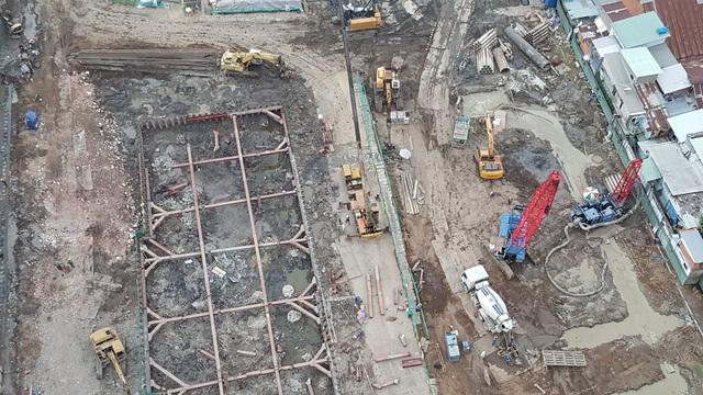 Thi công tuyến metro số 1 dự án đã đẩy giá nhà đất khu Đông tăng mạnh suốt nhiều năm qua.