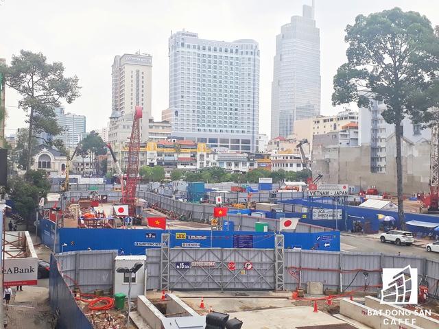 Đại công trường thi công dự án diện tích lớn bao trọn vẹn trọng điểm quận 1.