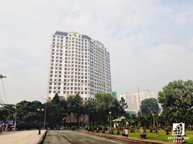 Một trong những dự án cao cấp tọa lạc tại đầu đường Hồng Hà - khu căn hộ Botanica Premier, dự kiến bàn giao trong quý 4/2017