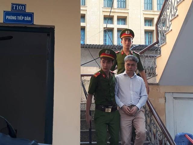 Nguyễn Xuân Sơn - nguyên TGĐ Oceanbank. VKS đã đề nghị mức án tử hình bị cáo.