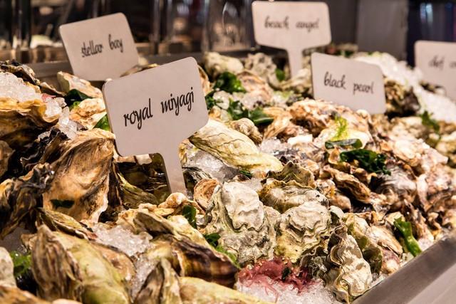 BC rất nổi tiếng với những món ăn chế biến từ hải sản. Ảnh: JustLuxe.