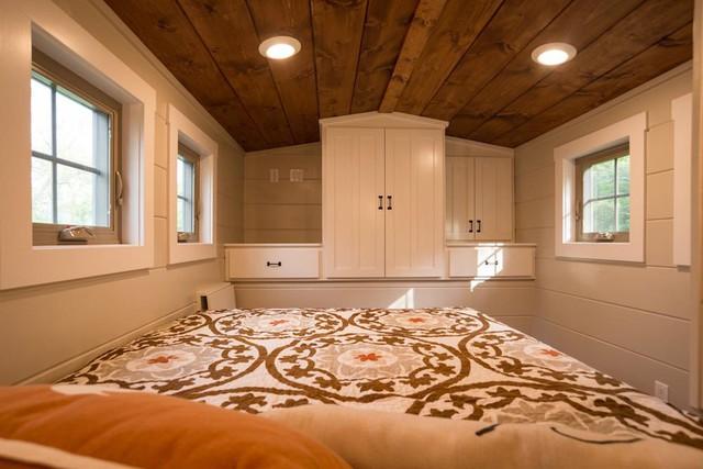 Mỗi phòng ngủ đều được thiết kế rất thông thoáng, thuận tiện.