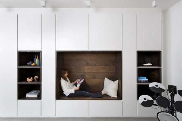 Không gian đọc sách hoàn hảo cho chủ nhà.