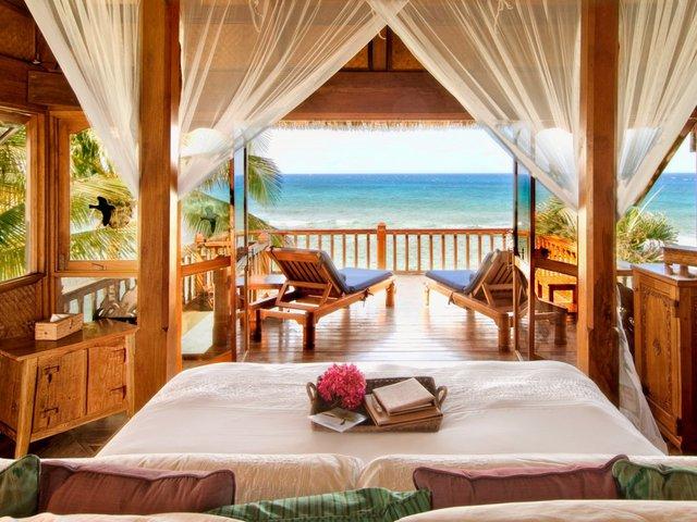 Một phòng riêng ở trên đảo có giá từ 4.280 USD/đêm.