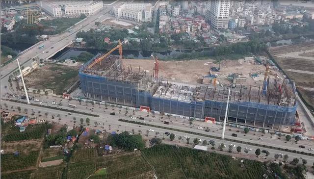 Sau 4 tháng kể từ ngày ra mắt (tháng 6/2017), hiện toàn bộ công trình đang xây dựng đến tầng 4.