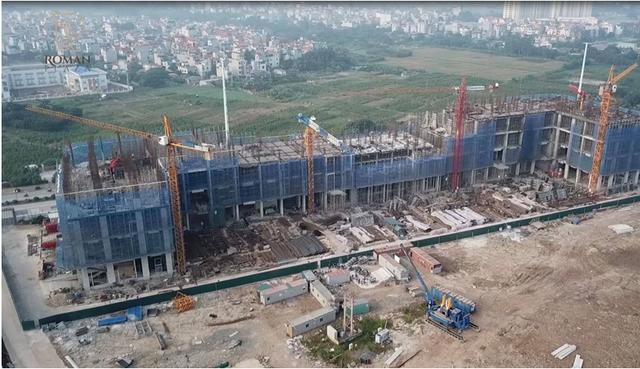 Hiện tiến độ xây dựng Dự án Roman plaza có tiến độ xây dựng khá nhanh và khẩn trương với thời gian 24/7.