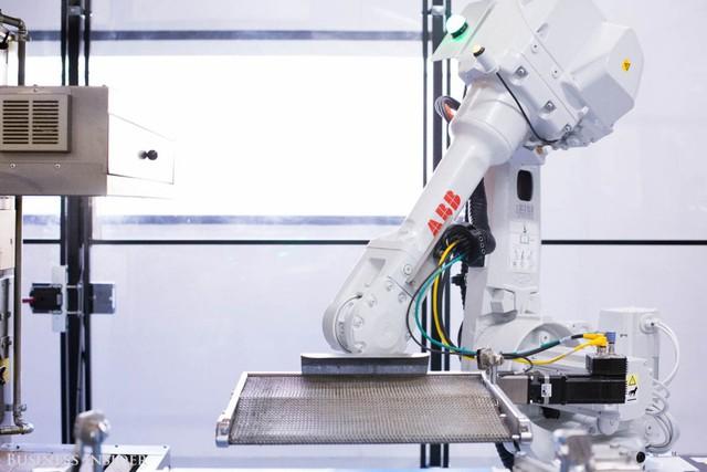 Được làm bởi robot, những chiếc pizza này sẽ là đối thủ đáng gờm của Dominos và Pizza Hut? - Ảnh 13.