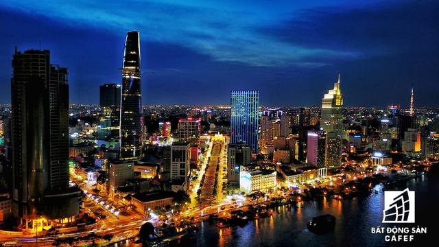 Phố đi bộ Nguyễn Huệ - nơi hằng đêm có rất nhiều hoạt động văn hóa, nghệ thuật thu hút du khách