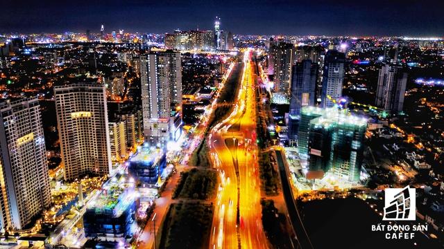 Một phần khu Đông về đêm, đoạn từ cầu Sài Gòn về quận 2
