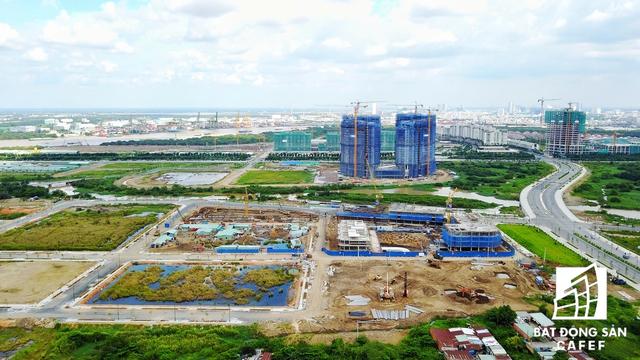 Cụm dự án villa và chung cư cao tầng thuộc khu đô thị Sala của Đại Quang Minh đang làm mồi cho nhiều dự án bất động sản khác đẩy nhanh công đoạn xây dựng
