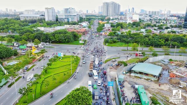 Ngay nút giao này, Phú Mỹ Hưng đang có dự án 1.800 căn hộ