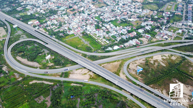 Theo quy hoạch đến 2025, khu Đông sẽ trở thành trung tâm tri thức và công nghệ cao của TPHCM. Khu vực này tập trung nhiều dự án hạ tầng giao thông trọng điểm.