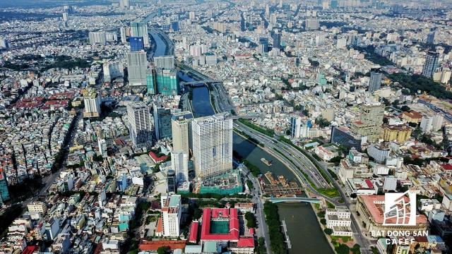 Toàn cảnh Bến Vân Đồn nhìn từ trên cao, phần lớn dự án tập trung đầu tư đoạn quận 4, có tầm nhìn về trung tâm thành phố