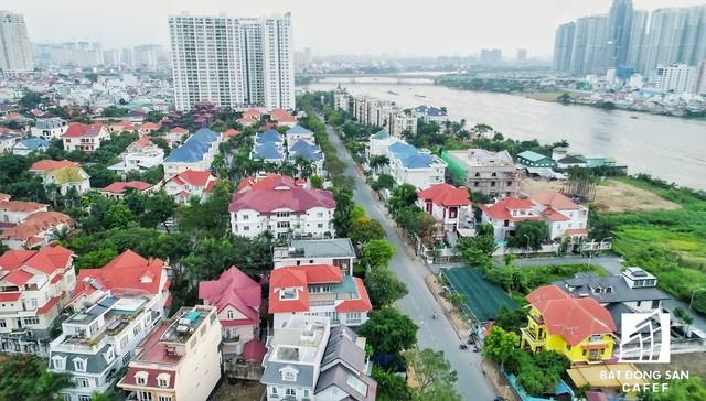Nằm bên bờ sông Sài Gòn, Thảo Điền đã có những sự vươn mình đáng kể và ngày càng khẳng định được vị thế của mình và không ngừng phát triển.