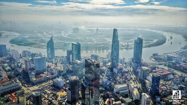 Đây là 1 trong 4 tòa nhà cao nhất TP.HCM giai đoạn này.