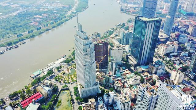 Tòa tháp Vietcombank Tower có diện tích 35 tầng được thiết kế bởi nhà giải đáp thiết kế nổi tiếng từ Mỹ Pelli Clarke Pelli Architect - đơn vị đã thiết kế nhiều cao ốc văn phòng, trọng tâm tài chính nổi tiếng địa cầu như Trung tâm tài chính địa cầu ở Hong Kong, tháp đôi Petronas ở Malaysia, trụ sở Ngân hàng Bank of America ở North Carolina.