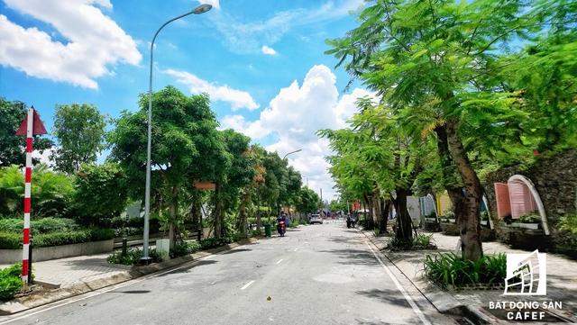 Tổng giám đốc Công ty đầu tư Viethome, ông Nguyễn Anh Đào phân tích: Các dự án mọc lên như nấm quanh các trục các con phố mới mở, cho thấy 1 xu hướng tích cực. Điều này còn chứng minh cho thấy khả năng phân bổ dự án giãn ra các cực mới của TP.HCM rất linh hoạt.