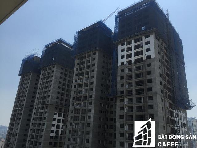 Hiện tại các tòa tầm thường cư đã xây xong thô và đang tiến hành hoàn thiện.