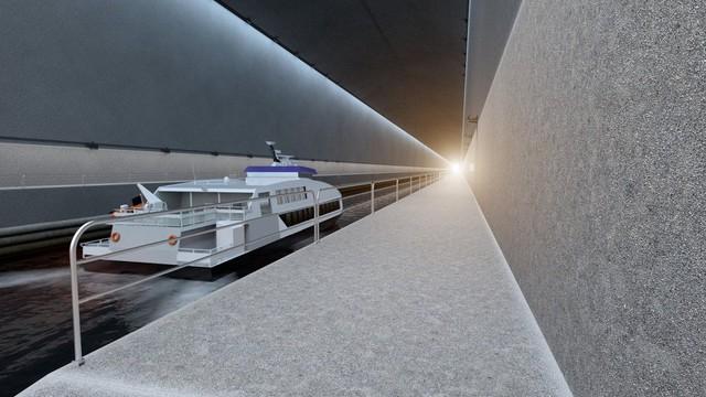 Nhiều loại tàu có thể đi qua hầm, bao gồm phà nhỏ. Đây vốn là những phương tiện không thể đi qua biển Stadhavet khi thời tiết xấu.