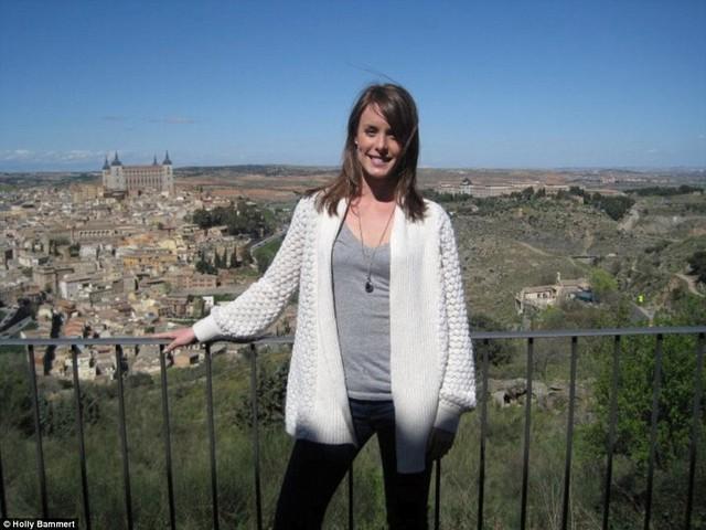 Holly Bammert – một vú em người Mỹ cũng khá may mắn khi thường xuyên được đi tới Anh, Hy Lạp, Thụy Sỹ, Ý, Tây Ban Nha, Uruguay… cùng với gia đình chủ.