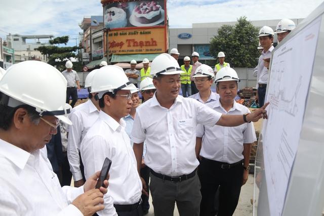 Đoàn công tác của Bí thư Đà Nẵng đang kiểm tra tiến độ dự án quan trọng này