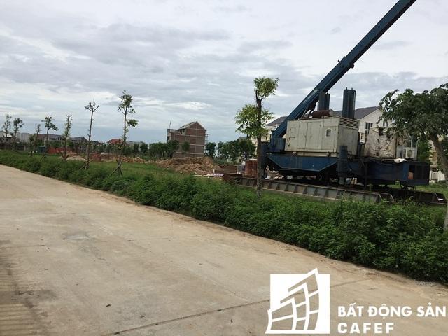 Theo chủ đầu tư, giá đất nền ở dự án này đang được rao phân phối từ 20 triệu đồng/m2.