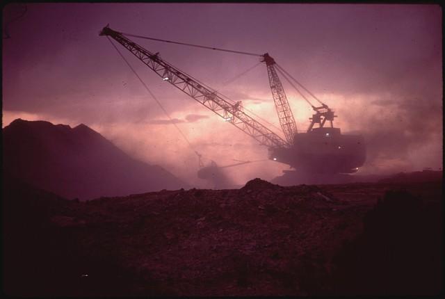 Các công ty khai mỏ là một trong những nguyên nhân chính của tình trạng ô nhiễm.