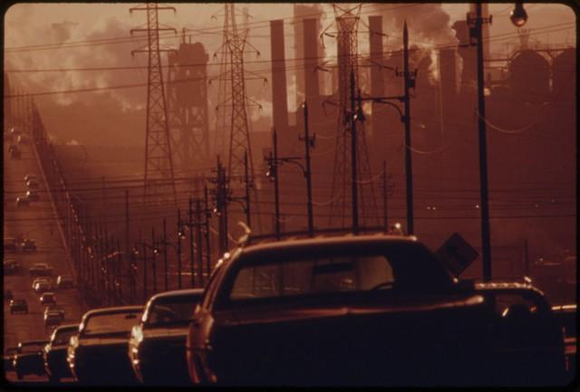 Ô nhiễm ở các thành phố công nghiệp như Cleveland, Ohio được đánh giá là cực kỳ nghiêm trọng.