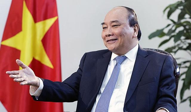 Thủ tướng Nguyễn Xuân Phúc trong cuộc phỏng vấn với Bloomberg(Ảnh: Maika Elan)
