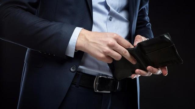 Theo vị chuyên gia, để làm giàu, bạn cần phải có những lựa chọn chủ động để bắt tiền làm việc cho mình.