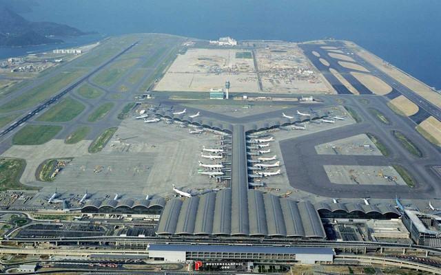 Sân bay Chek Lap Kok (Hồng Kông - Trung Quốc)