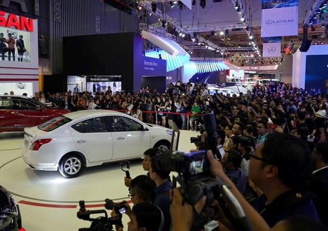 Ô tô giá rẻ vẫn thu hút đa số người tiêu dùng Việt.