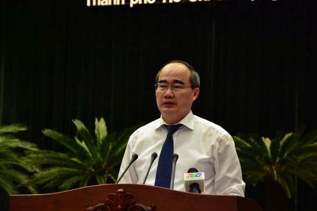 Bí thư Thành ủy Nguyễn Thiện Nhân phát biểu bế mạc. Ảnh: TÁ LÂM