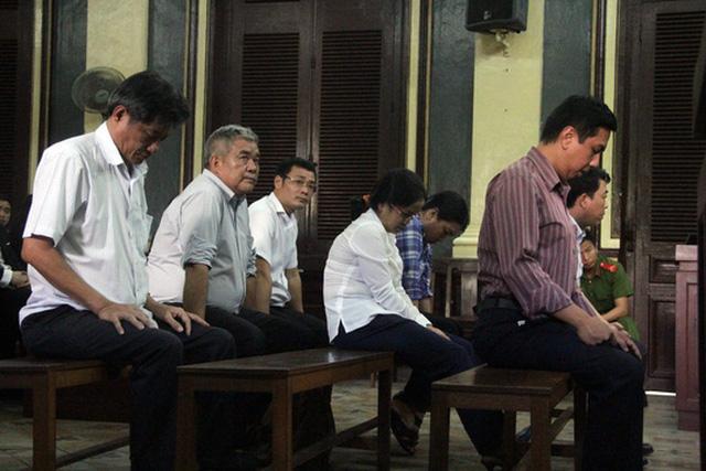 Các bị cáo ở phiên tòa sơ thẩm.