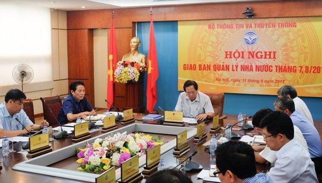 Bộ trưởng Trương Minh Tuấn ở cuộc họp Giao ban Quản lý Nhà nước tháng 7-8/2018. Ảnh: Trọng Đạt