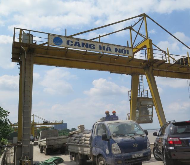 """Mua VIVASO, ông chủ Vạn Cường có trong tay nhiều khu đất """"vàng"""", trong đó có Cảng Hà Nội."""
