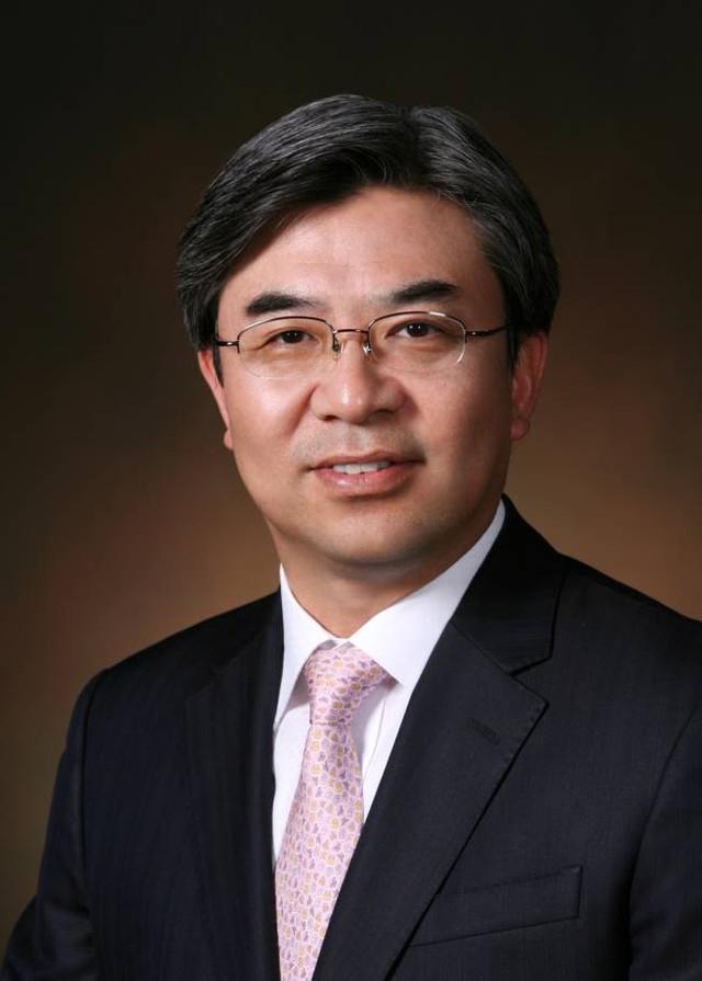 Ông Kim Hyun Suk