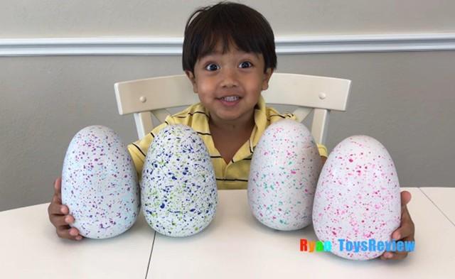 """Ryan, 6 tuổi là """"ông chủ"""" của kênh Ryan Toysreview - kênh đánh giá đồ chơi nổi tiếng trên Youtube."""