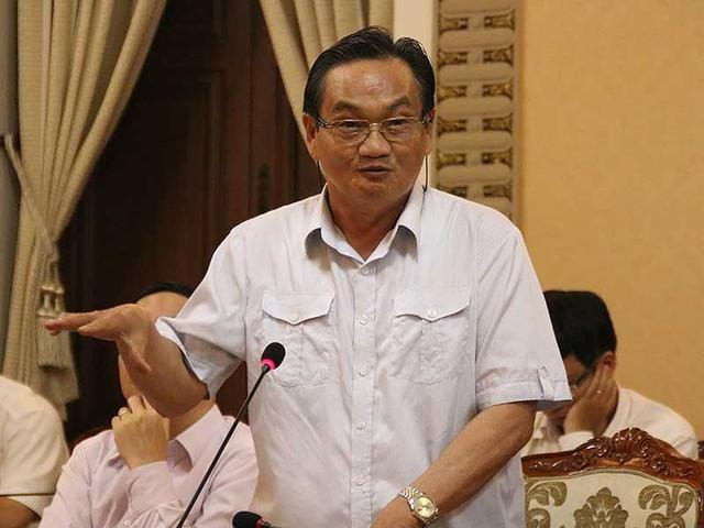 TS Trần Du Lịch cho rằng phải nghiên cứu kỹ tác động của việc điều chỉnh tăng thuế, phí. Ảnh: TÁ LÂM