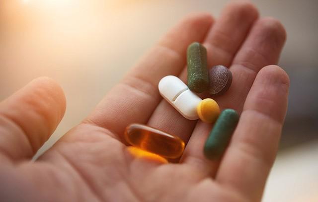 Thực phẩm chức năng bổ sung canxi và vitamin D không giúp bảo vệ xương.