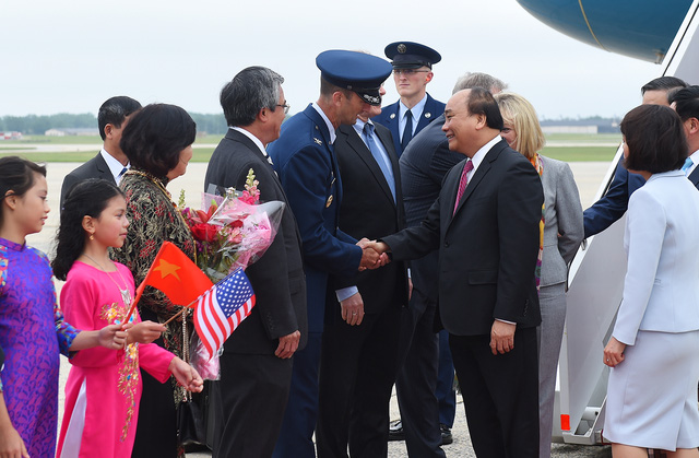 Lễ đón Thủ tướng Nguyễn Xuân Phúc tại sân bay quân sự St. Andrews, Washington, Hoa Kỳ. Ảnh: VGP/Quang Hiếu