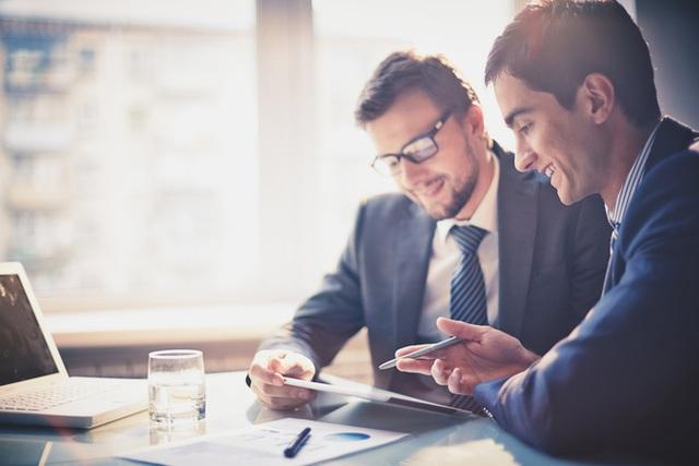 Với người đi làm thuê, khi giá trị bạn tạo ra cho ông chủ nhỏ hơn giá trị mà bạn nhận được, đó là lúc bạn phải đi. Ảnh minh họa.