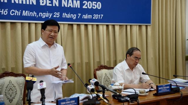 Phó thủ tướng Trịnh Định Dũng và Bí thư Thành ủy Nguyễn Thiện Nhân.