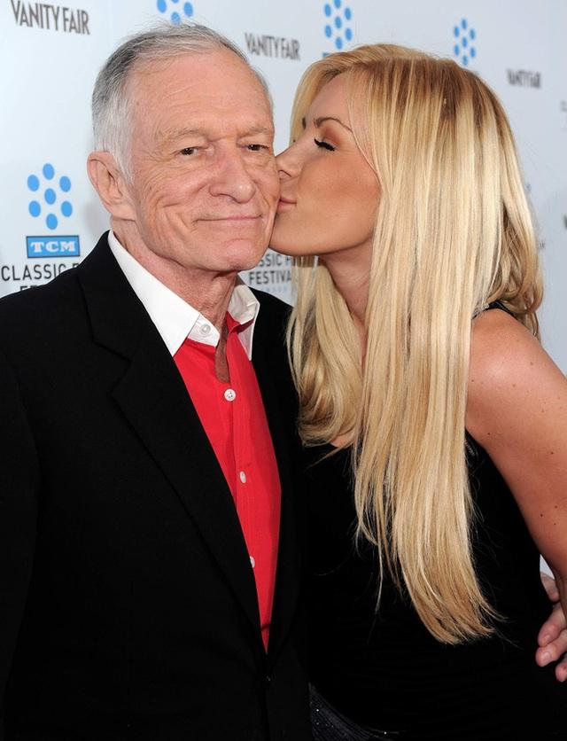 Hefner nói rằng, Crystal rất đặc biệt và muốn dành phần đời còn lại bên cô gái kém mình 60 tuổi.