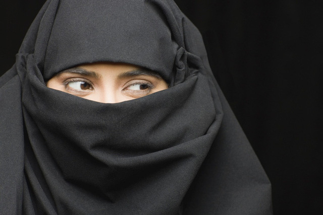 Burka - Trang phục truyền thống của phụ nữ Ả Rập