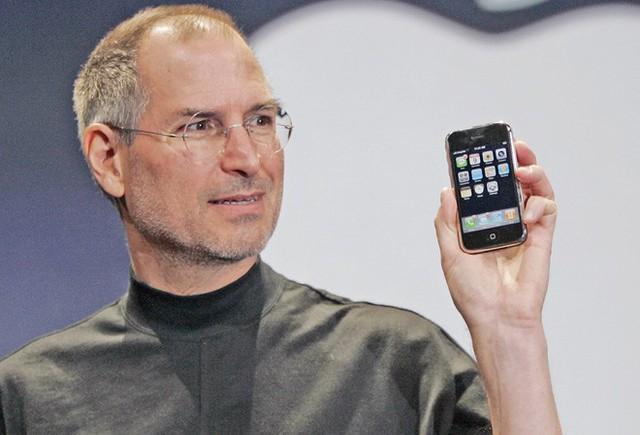 Tim Cook đã không đi theo con đường của Steve Jobs, và đến bây giờ đó là một quyết định chính xác.