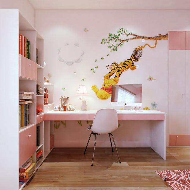 Và đây là căn phòng nhiều màu sắc nhất dành riêng cho em bé. Góc nhỏ này được trang trí với gam màu trắng- hồng ấm áp.