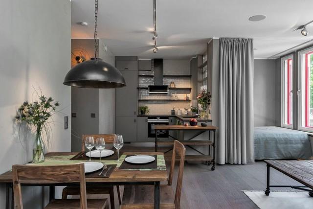 Không gian bếp - ăn được thiết kế mở nối liền với không gian tiếp khách và nghỉ ngơi.