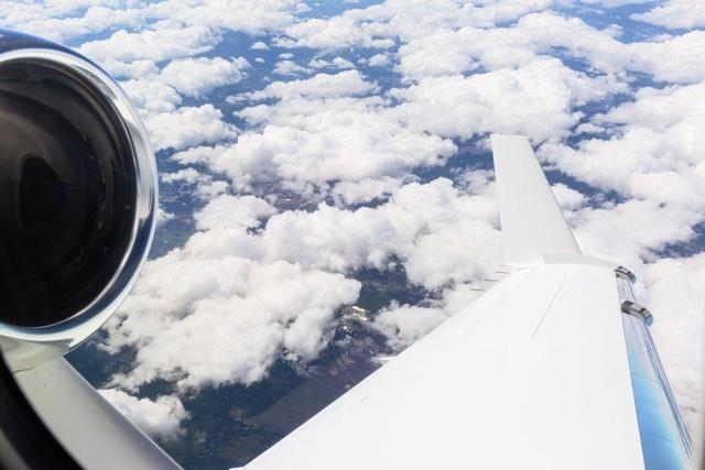 Hệ thống bay trực quan được sắp xếp khá gọn mắt trên màn hình cảm ứng.